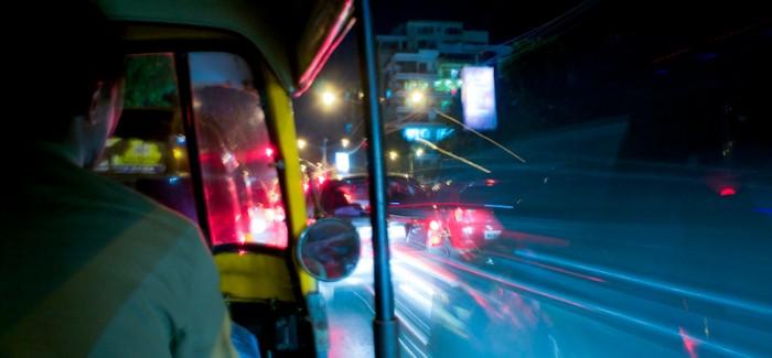 Bombaj wita w domu!