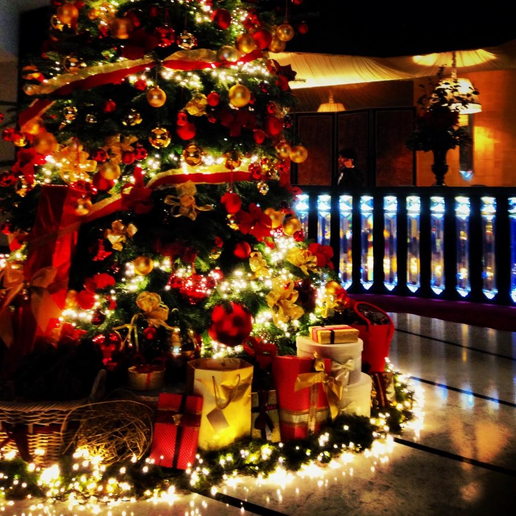 Christmas Decorations Around The World