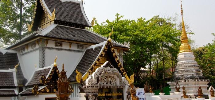Rowerowa przejażdżka – świątynie w Chiang Mai w Tajlandii