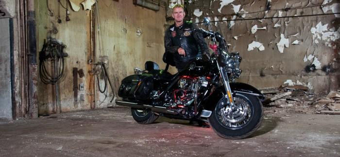 """Pasję do motocykli wyssałem z mlekiem mojej Mamy- Krzysztof """"Rzepa"""" Rzepecki"""
