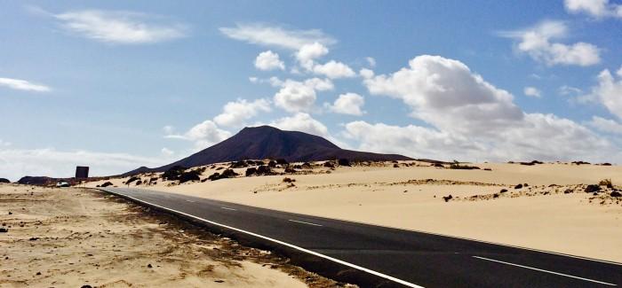 Fuertaventura: Rozległe plaże, bogactwo przyrody, nieokiełznane fale