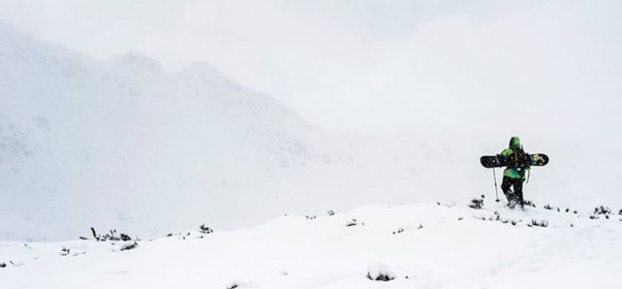 SNOWBOARD między FIORDAMI