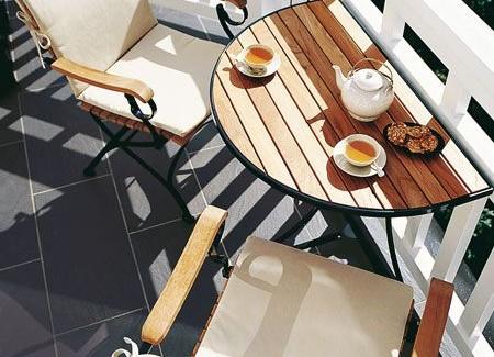 8 pomysłów na balkon, na którym kawa smakuje lepiej niż zwykle