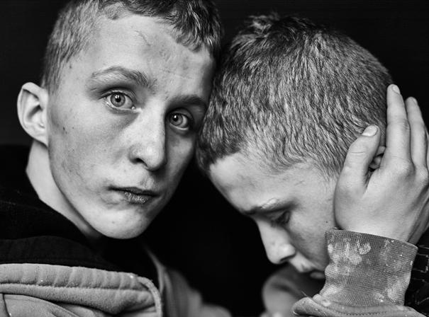 """Zuza Krajewska, Andrzej i Adrian, cyklu """"Imago"""", 2016"""