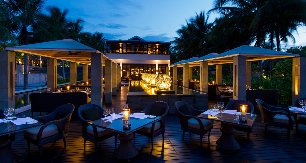 NAM-Dining-The Restaurant-Terrace03