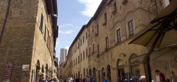 INTOcities: San Gimignano/Toskania