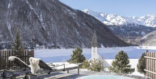 Hotel & Chalets Edelweiss (1)