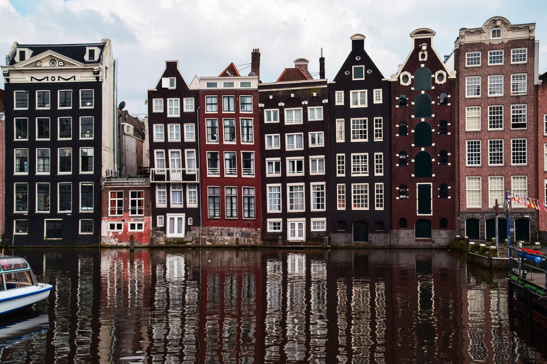 amsterdam-1682963_1920 (1)